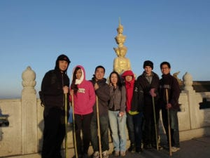 emei mountain summit teachers china